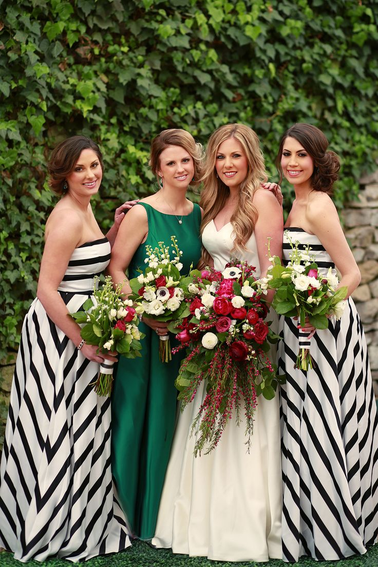 Emerald Fantasy Wedding Inspiration with striped bridesmaids' dresses and lush floral bouquets | photography Jessica Lee Photographic Art | The Pink Bride® www.thepinkbride.com