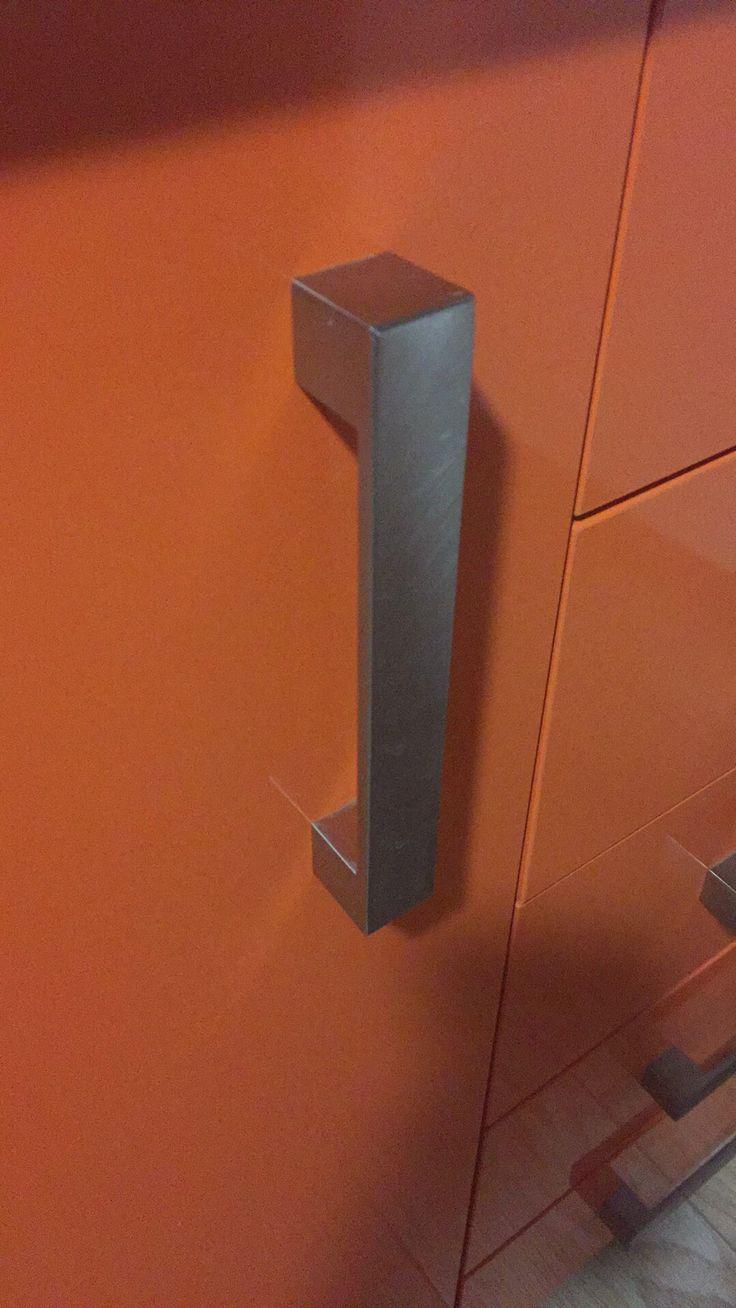 Quieres cambiar los #pomos de las #puertas? 620140601 Http://www.cerrajerobarcelonavalencia.es #cerrajerosbarcelona #cerrajerosvalencia #cerrajeros24h
