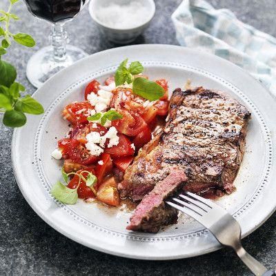 Biff med grekisk tomatsallad