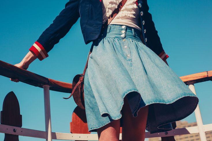 ¡Usar faldas dejará de ser un reto para ti!Bellas piernas, largas, esbeltas. Pero… gran dificultad para usar esa prenda que tanto amamos: las faldas.Es todo un reto usarlas, siempre quedan más cortas de lo común y no hay casi forma de que queden bien, o al menos hasta ahora. Si eres alta esto es lo que necesitas