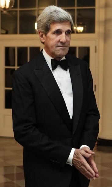 2004  -- John Kerry - Coverup  Artist For The Illuminati  Skull And Bones Working Overtime - Beware         http://rense.com/general53/ker.htm