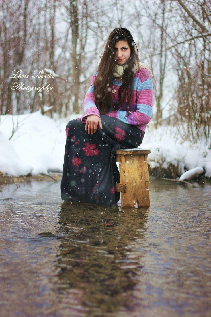 https://flic.kr/p/jGbYob | 'Among the snowflakes' | Model: Nico Photo & edit: Ligia Scarlet  #fantasyphotos #snowflakes