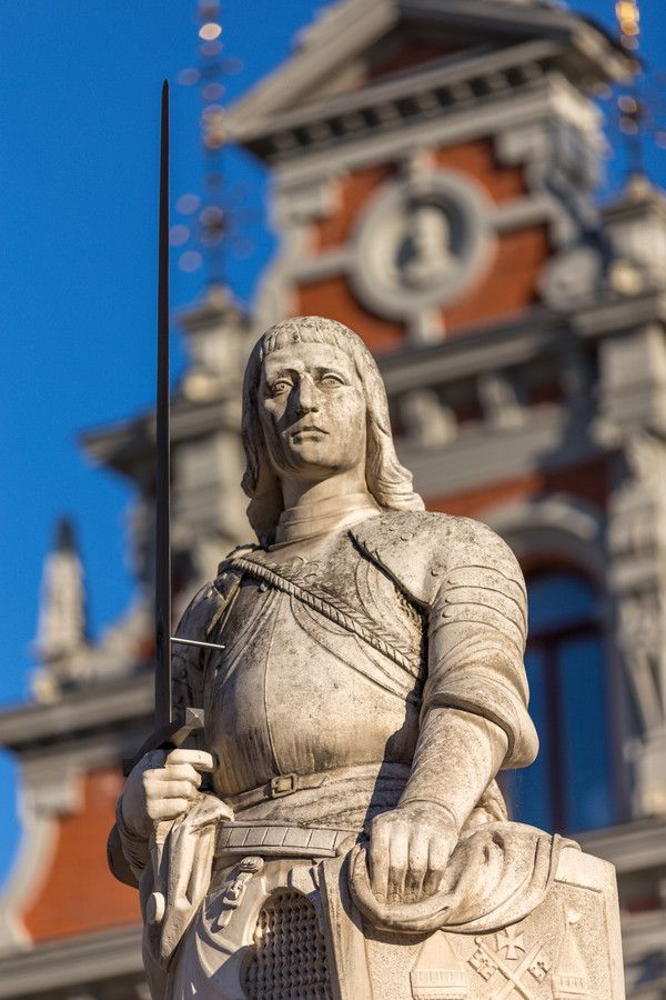 Riga, the Roland statue by Maarten Hoek on 500px