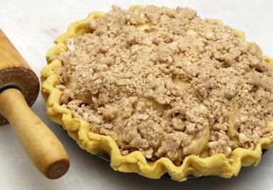 Sour Cream Apple Pie with Crumb Topping - Charles Islander/ E+/Getty Images