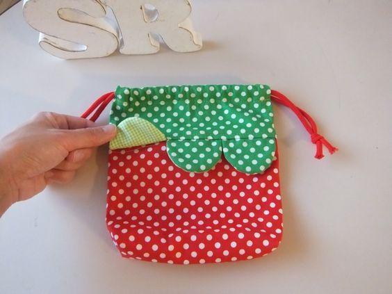 ♡ いちご色のキュートなコップ袋(巾着・小) ♡  2x