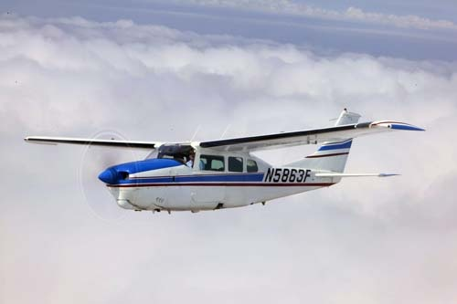 Cessna 210 Centurion — ©2013 EAA  My favorite high performance plane to fly!