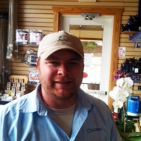 Kenny at the Southlake, Texas Calloway's Nursery know gardening. He's always ready to answer your plant or gardening questions.Texas 76092, Texas Gardens, Texas Calloway, Calloway Nurseries, Beautiful Plants, Gardens Questions, Nurseries Features