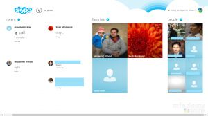 4 best Windows 8 social apps to keep in touch during Christmas and New Year