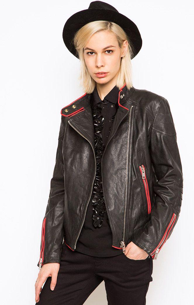 Черная кожаная куртка DIESEL, средняя цена 16 000 рублей