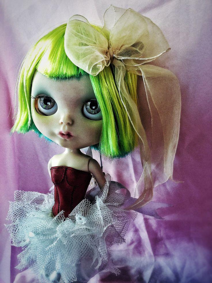 Un preferito personale dal mio negozio Etsy https://www.etsy.com/it/listing/386073620/amelie-custom-doll-ooak-fashion-doll