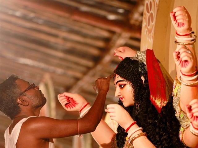Slideshow : 15 beautiful Durga Puja pictures - 15 beautiful Durga Puja pictures | The Economic Times