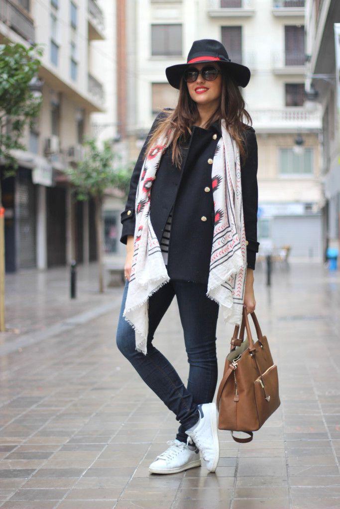 Look con sombrero y pañuelo_ Rojo Valentino Blog (18)18