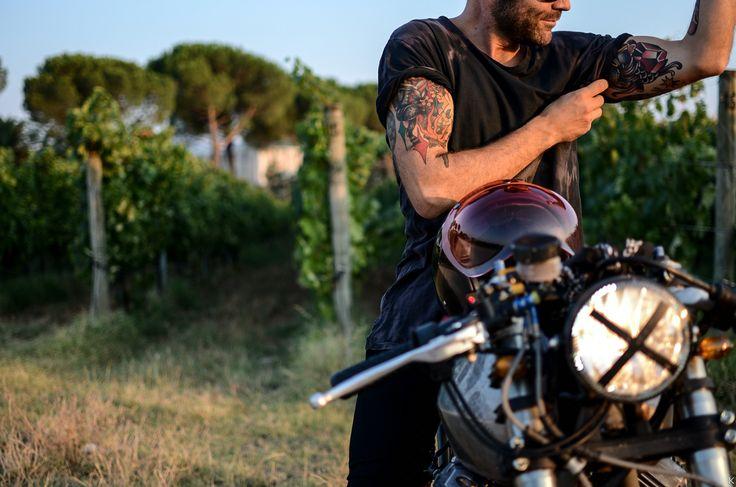 Guzzi V35. Entrophy motorbike. Cafè racer. Custom