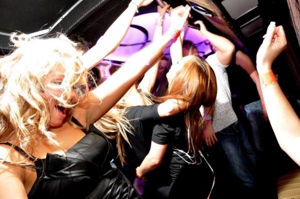 imprezowo Partybus www.partybus.pl