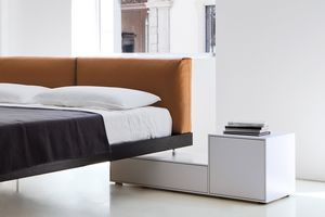 Patient bedside table / contemporary / by Piero Lissoni / lacquered - TRUCK