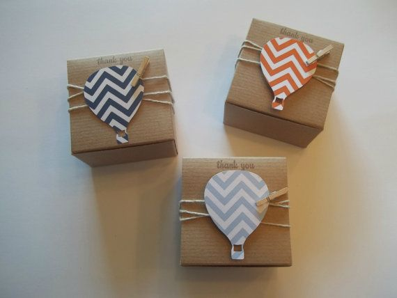 60 3x3x2 inch kraft favor boxes with hot air balloon tags in chevron or polka dot. Perfect way to wrap up your favors, to give your guests. Perfect