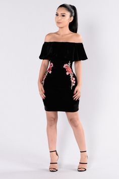 - Available in Black - Velvet Dress - Flower Patch Design - Off Shoulder - Ruffle Top - Mini Length - Lined - 95% Polyester 5% Spandex