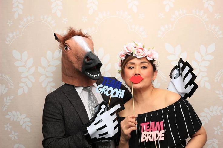 Our Airy Wreath backdrop is great for those intimate events such as weddings, engagement parties, baby showers, you name it!  Our Vancouver photo booth is perfect for any occasion!  Book us to be your next photo booth rental in Vancouver!