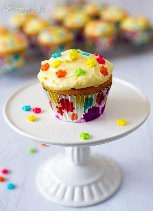 Orange Creamsicle Cupcakes via @ohsweetbasil