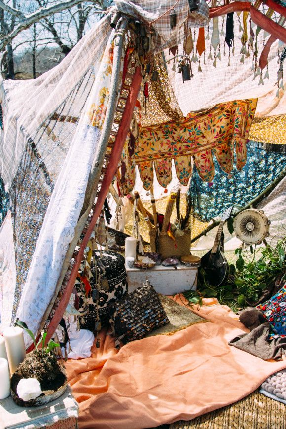 Make: Best Bohemian Camping Experience from the #freepeople blog. // These people have obviously never been camping if they think this would stay up in wind or rain. But it would be cute for a backyard party.