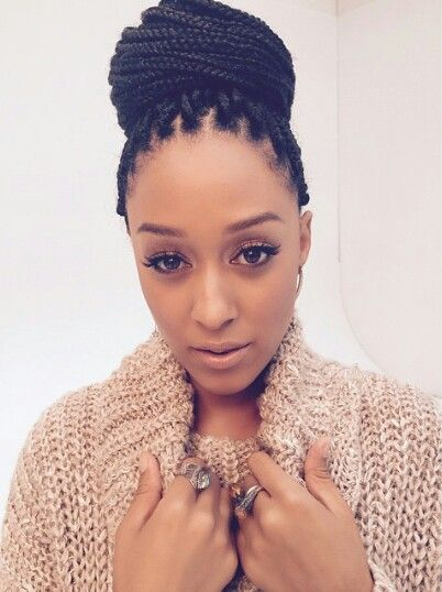 Tia Mowry - I LOVE her hair like this. She is serving!