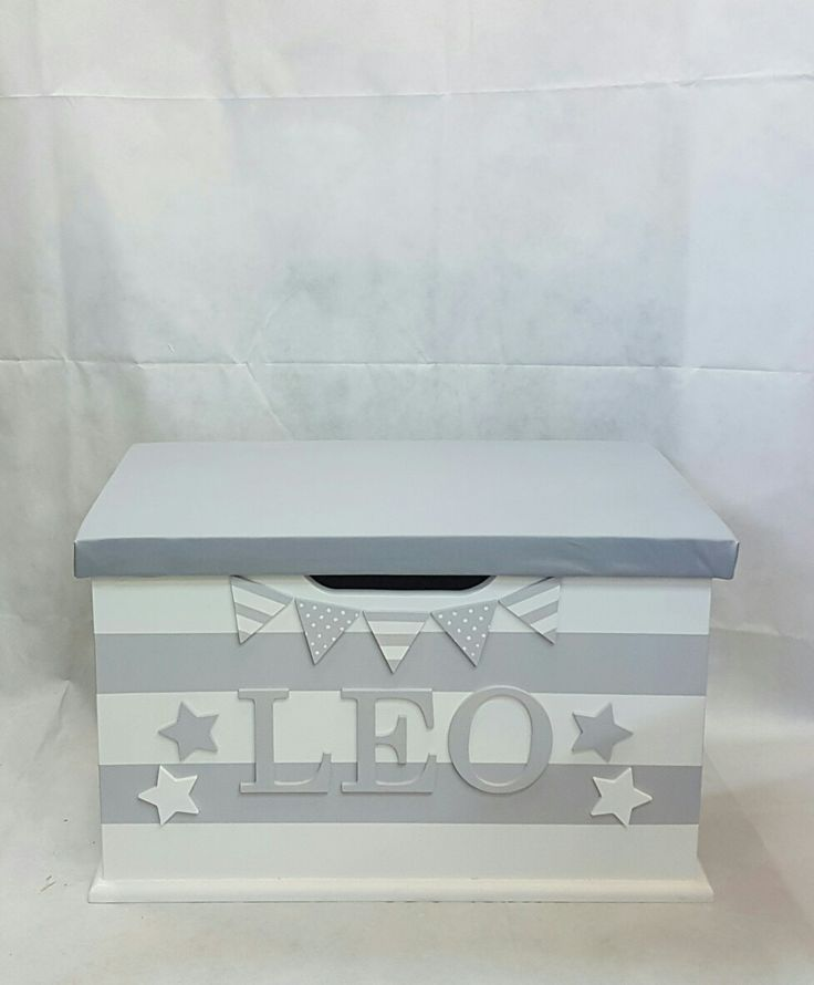 personalised toy box children baby kids first birthday Christmas bespoke handmade Dreambox toy boxes names bedroom nursery furniture storage parents pregnancy newborn new parents home style monochrome stars