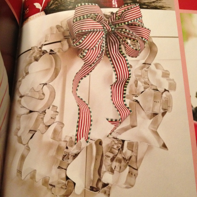 Holiday cookie wreath!!  So cute!