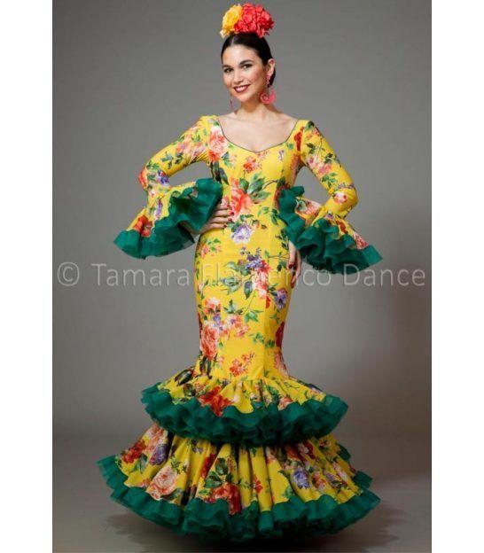 trajes de flamenca 2016 mujer - Aires de Feria - Copla amarillo y verde estamapado flores
