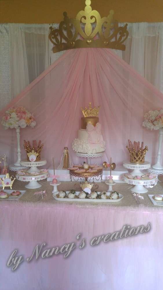 Best 25 princess party ideas only on pinterest princess for Baby birthday decoration ideas