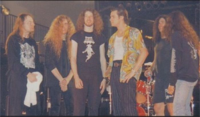 Jim Kerry on set with guys from Cannibal Corpse.
