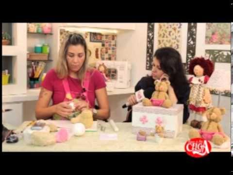 Aprenda a fazer um ursinho de biscuit