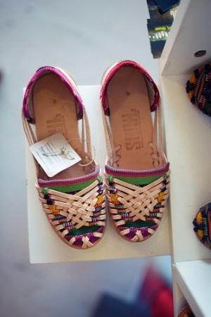 Flat sandals - photo