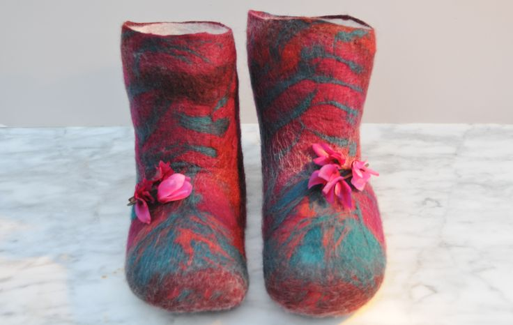 How to make Wet Felted Slippers or Boots using Duct Tape Shoe Lasts