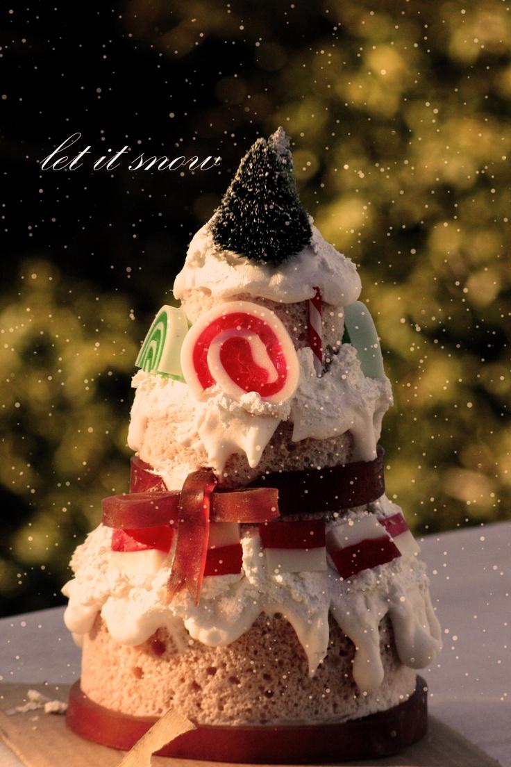 OH CHRISTMAS TREE!!!!