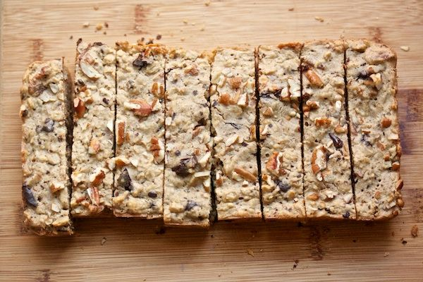 Oatmeal Chocolate Chip Cookie Breakfast Bars from @Cara / Big Girls, Small Kitchen #granola #recipe