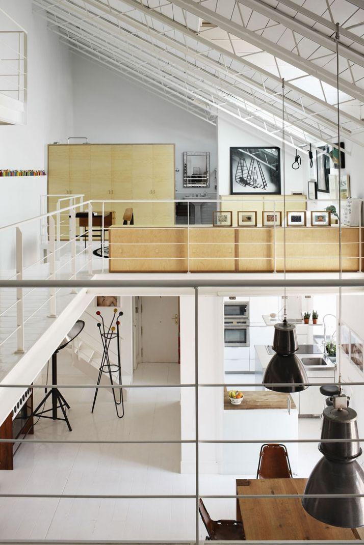 amazing open space / white / beige / grey / black / wood / modern / design / attic / dusza salonu / tall ceiling / living room