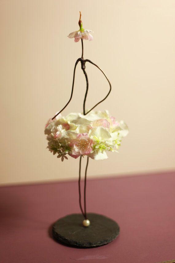 les 25 meilleures id es concernant fleurs artificielles sur pinterest arrangements de fausses. Black Bedroom Furniture Sets. Home Design Ideas