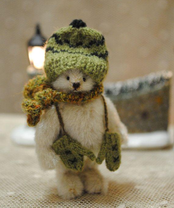 Christmas whiteBearCarl miniature teddy bear by JunJunLittleBear