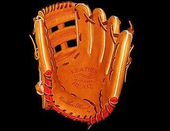 To Baseball είναι δημοφιλέστατο στις ΗΠΑ και το υπερμέγεθες δερμάτινο γάντι σημείο αναγνώρισης του. Εσείς μπορείτε να το αποκτήσετε αν όχι για αν παίζετε το σπορ, αλλά σαν αντικείμενο για την προσωπική σας συλλογή. Το