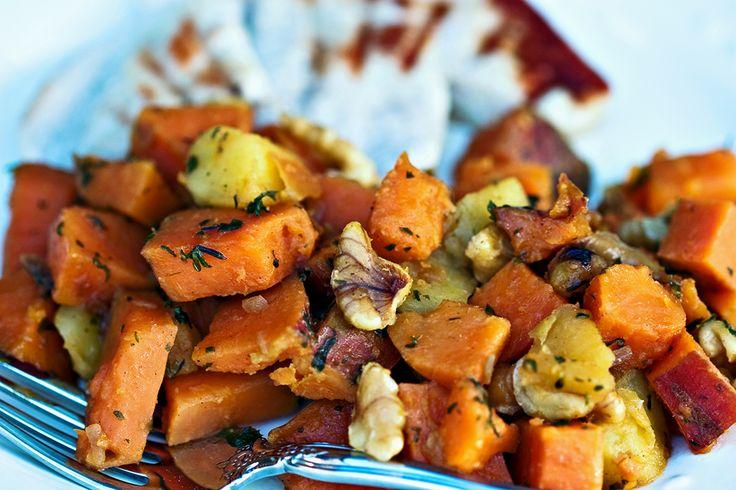 Learn how to make a Savory Spinach & Sweet Potato Sauté by Marissa Dana…   http://www.followthesun.co.za/savory-spinach-sweet-potato-saute/