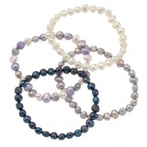 A beautiful, elegant White Cultured Pearls Bracelet. Perfect for weddings and special occasions. Only £12.99!