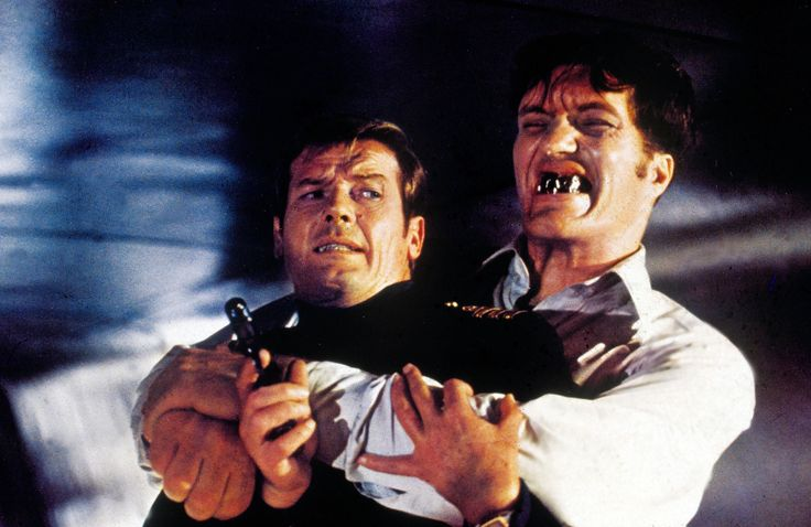 Interesting facts about James Bond movies Richard Kiel who played the character of Jaws (The Spy Who Loved Me, 1977, and Moonraker, 1979), could not keep the metal teeth in his mouth for more than half a minute at a time.