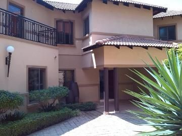 4 Bedroom Townhouse for sale in Bedfordview R4.1m