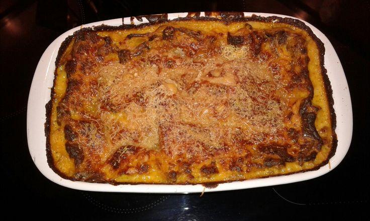 Lasagna finferli,zucca e salsiccia