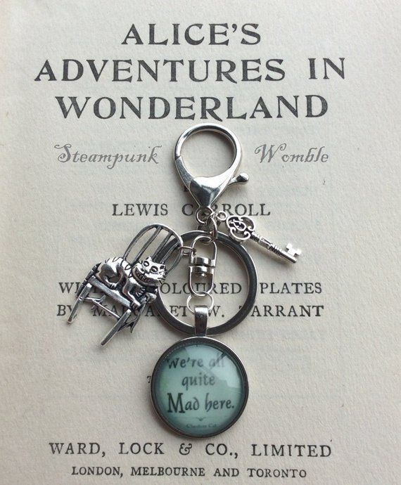 ALICE IN WONDERLAND KEYRING CHESHIRE CAT METAL KEYCHAIN GIFTS FOR HER BIRTHDAY