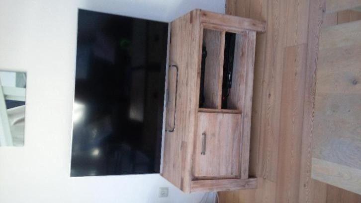 Liza tv dressoir aangeboden in Kasten/ Wandmeubels/ TV-meubels en Huis & Inrichting op Koopplein.nl Heerhugowaard, de gratis marktplaats