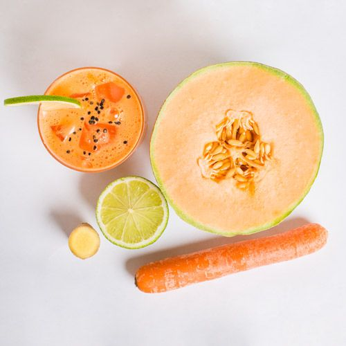 Juice with Antioxidants 2.5sm fresh ginger + 250g cantaloupe melon + 125g carrots + 1 lime