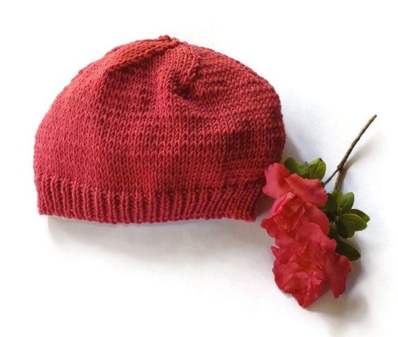 Beautiful kids knitted beanie by TigsTogs