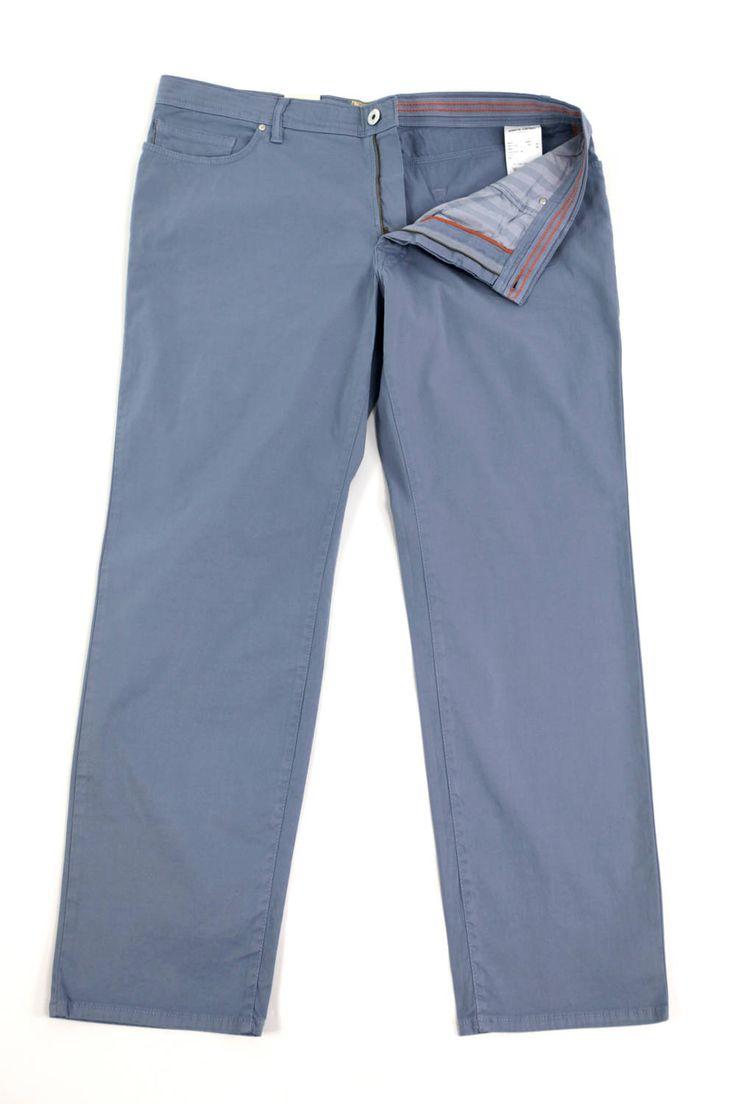 Spodnie Pierre Cardin w kolorze jasno niebieskim. Idealne na wiosnę/lato. Dostępne w rozmiarach 3XL, 4XL, 5XL, 6XL, 7XL, 8XL. Skład: 97% bawełna 3% elastan.