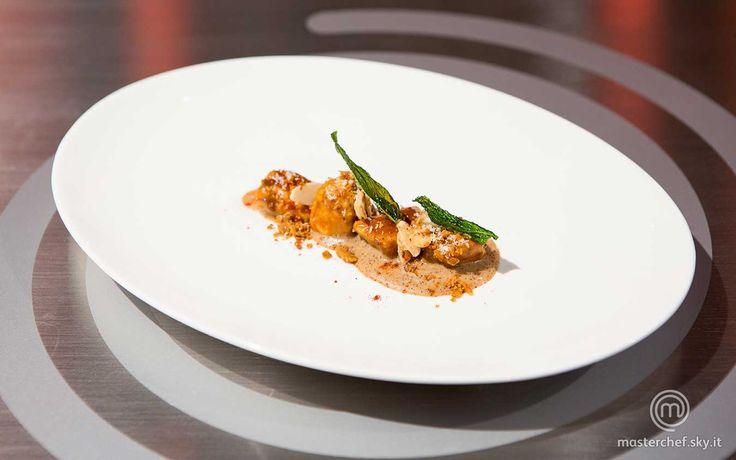 Scopri la ricetta 'Pollo insonne' di MasterChef , il talent show culinario più famoso al mondo in onda su Sky Uno.